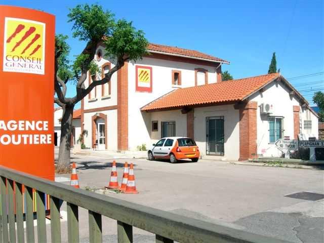 Ex gare sur le Piste Verte Perpignan Thuir